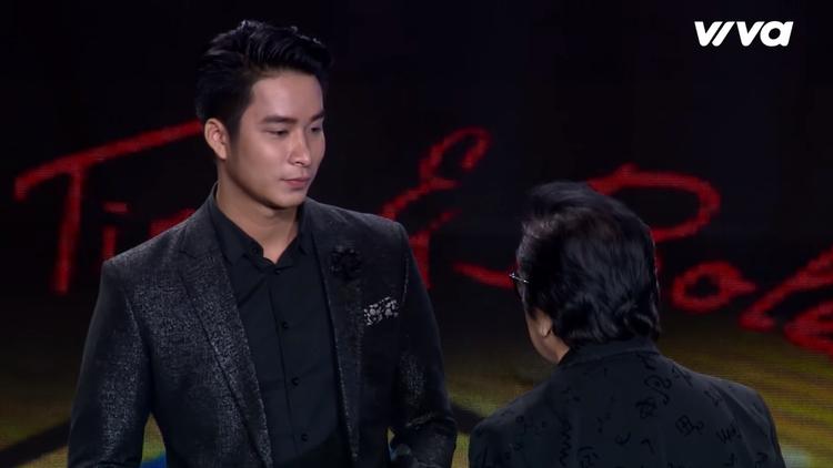 Mạnh Đồng khiến cố vấn Elvis bật khóc vì nhớ đến bạn cũ.