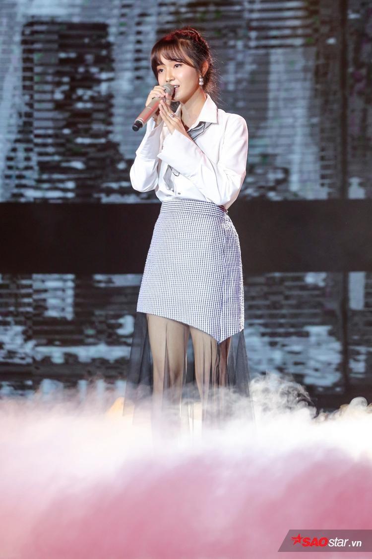Jang Mi trên sân khấu Cặp đôi hoàn hảo.