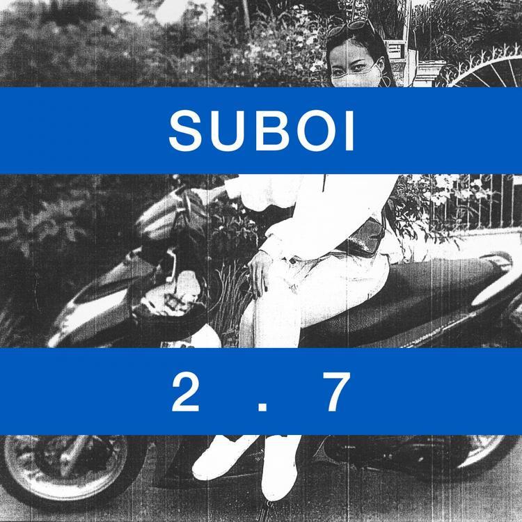 Ca khúc làsự kết hợp đầy ngẫu hứng giữa cô và 4 thành viên của nhóm nhạc Jazz đến từ Nauy. Nghe qua, những người yêu âm nhạc của Suboi sẽ hiểu được cô nàng đang nói về mối quan hệ gia đình, bạn bè, xã hội và nhìn nhận về cuộc sống theo cách riêng của cô.