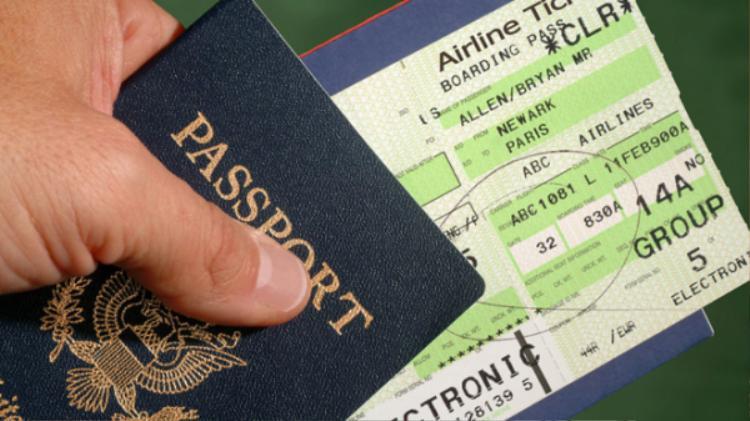 Đừng bao giờ đăng hình vé máy bay để sống ảo trên Facebook nếu không muốn phải hối hận