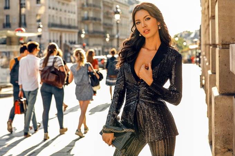 """Nhìn Tú sexy cỡ này, không gọi cô nàng là """"trùm diện vest"""" cũng không được."""