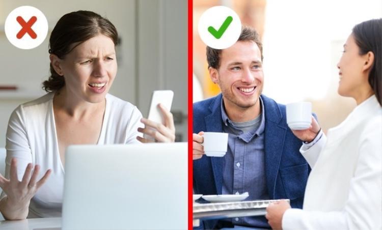 Một quy tắc vàng dành cho các cặp đôi đó là dành thời gian để nói chuyện nghiêm túc với nhau. Đừng bao giờ viện cớ rằng bạn không có thời gian, và có thể trò chuyện qua những cuộc gọi video hay tin nhắn chat. Đôi khi, chính những thứ công nghệ sẽ làm hao mòn tình cảm đôi lứa.