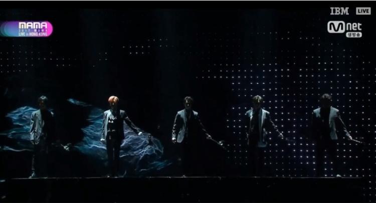 Huyền thoại Super Junior chính thức đổ bộ với ca khúc mới nhất: Black Suit.