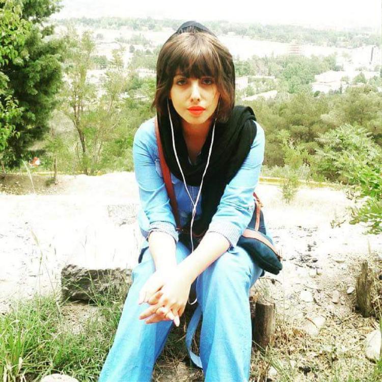 Nét đẹp Tây Á mà cô từng thừa hưởng từ cha mẹ. Sau khi phẫu thuật, côSahar đã xóa toàn bộ những bức ảnh trong quá khứ trên tài khoản Instagram cá nhân.