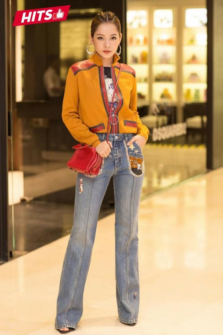 """Chi Pu ghi dấu ấn với công chúng trong bộ cánh cá tính cùng kiểu tóc thời thượng khi tham dự sự kiện ra mắt của một thương hiệu thời trang. Được biết, người đứng đằng sau """"phần nhìn"""" nổi bật này là stylist Hoàng Ku."""