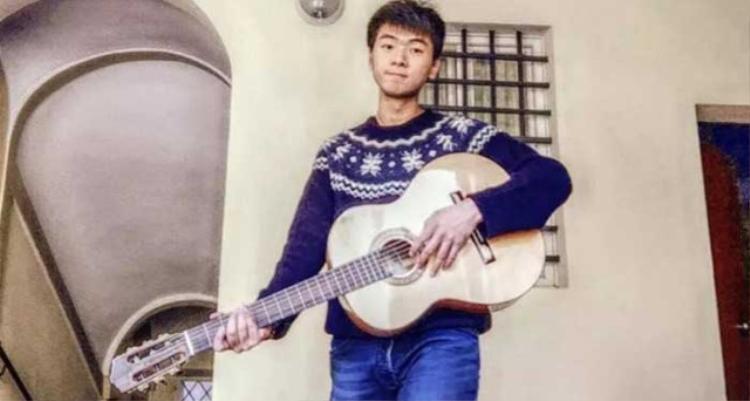 Nạn nhân là Hu Congliang, 20 tuổi, quốc tịch Trung Quốc, hiện đang sống cùng mẹ ở Italy.