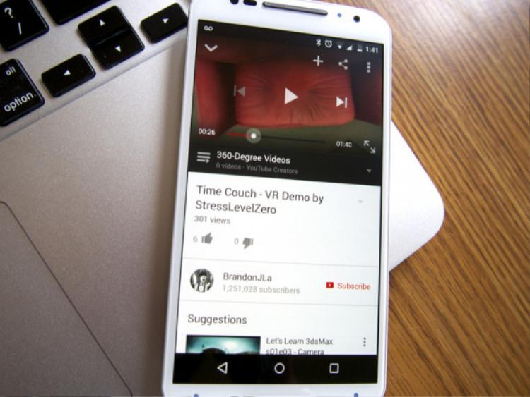 """Bạn có thể tìm kiếm được rất nhiều video 360 độ trên YouTube bằng cách tìm kiếm với cụm từ """"360 degree video""""."""