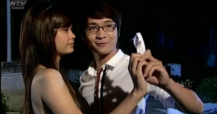 Thanh Tú - Quỳnh Anh sánh vai trong Cầu vồng đơn sắc.