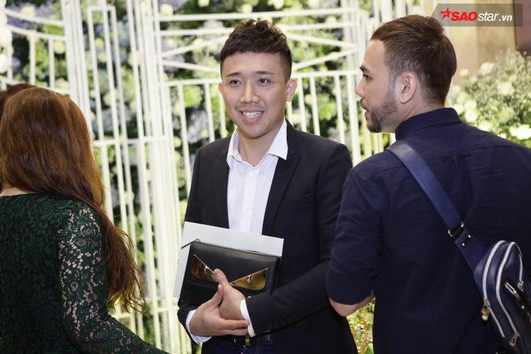 Trấn Thành, Thu Trang, BB Trần là những người bạn thân thiết của cặp đôi.