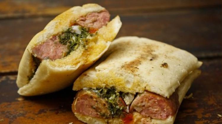 Việt Nam có mặt trong top 10 quốc gia có bánh mì kẹp ngon nhất thế giới