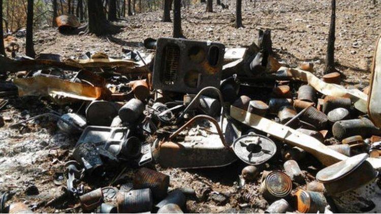 Đống đổ nát sau vụ cháy rừng.