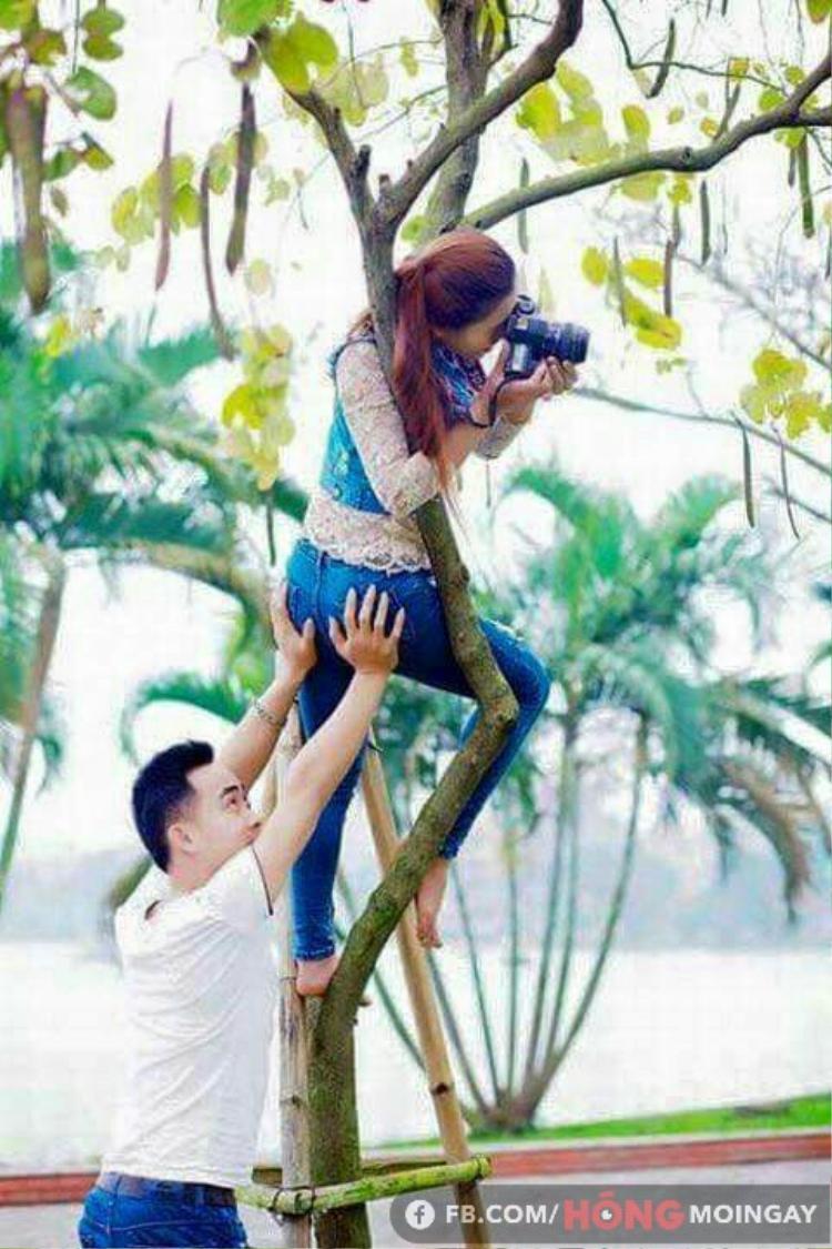 """Nhiếp ảnh sẽ vì em mà lên cành cây, xuống bụi rậm, thậm chí là """"tàng hình"""" để hỗ trợ ống kính vươn cao, vươn xa nhé!"""