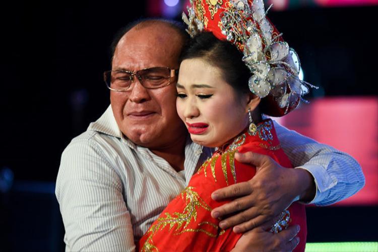 Từ sau chia sẻ của Lê Giang trên sóng truyền hình, cuộc sống của Duy Phương trở nên khốn đốn.