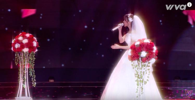 Jang Mi rạng rỡ khi tạo hình nhân vật cô dâu cùng Đức Phúc.