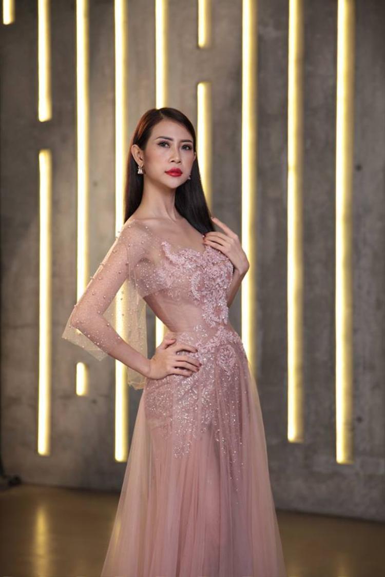 Đại diện Việt Nam - Á khôi Liên Phương xếp hạng 5, dù không có thời gian chuẩn bị nhưng cô đã có phong độ ổn định và gặt hái được nhiều thành tích tốt tại các vòng thi phụ.