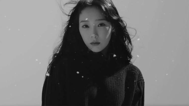 Taeyeon hóa em gái tuyết đẹp tựa thiên thần trong teaser mừng giáng sinh