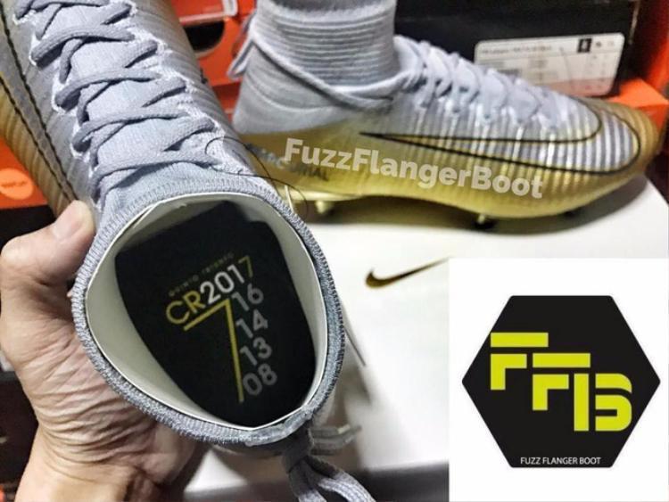 """Đôi giày mang tên """"thành tựu thứ 5"""" được thiết kế để ăn mừng chiến thắng cho Ronaldo."""