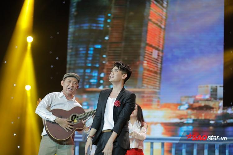 Đào Bá Lộc cùng nghệ sĩ Tiết Duy Hoà.