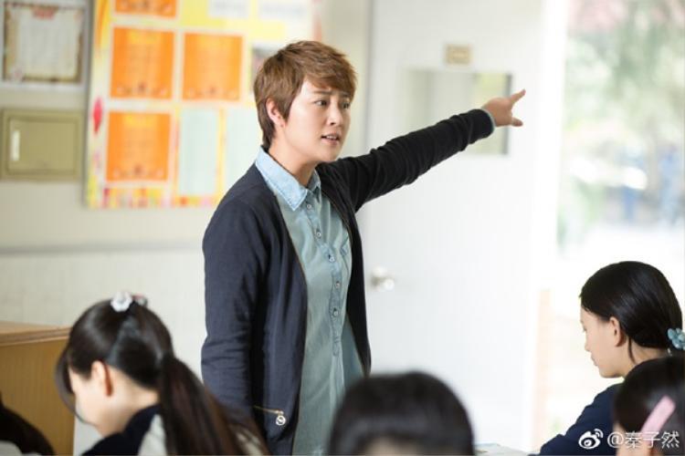 Điểm danh những kiểu thầy cô chất phát ngất trong phim thanh xuân xứ Trung