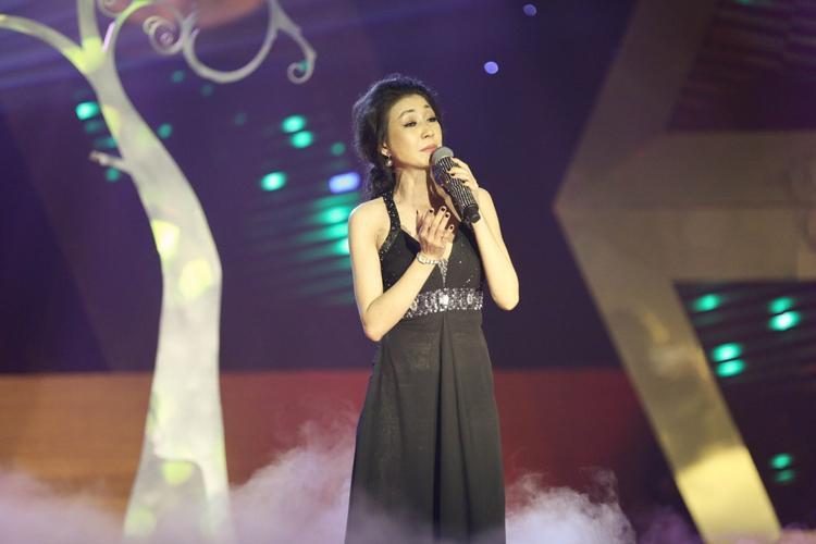 Nữ ca sĩ Hà My nhận được nhiều show diễn sau khi tham gia loạt chương trình truyền hình về ca nhạc.