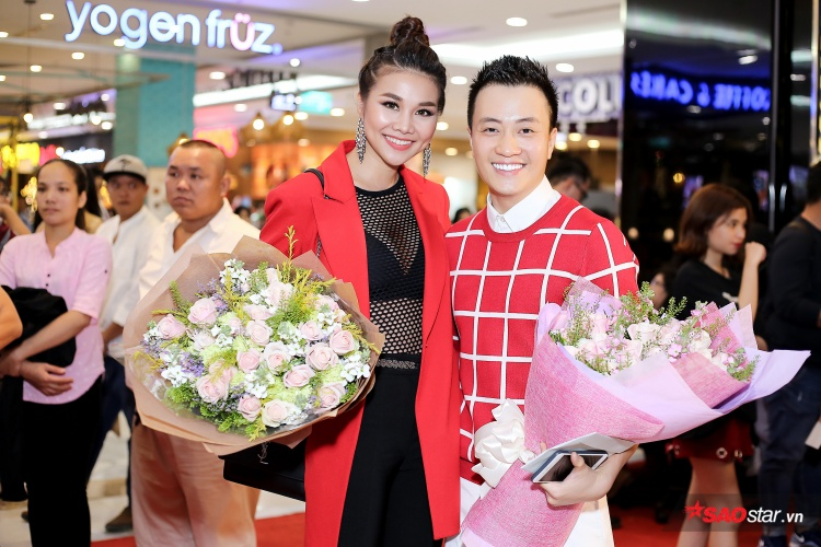 Nữ diễn viên Mẹ chồng bên cạnh Lương Mạnh Hải.