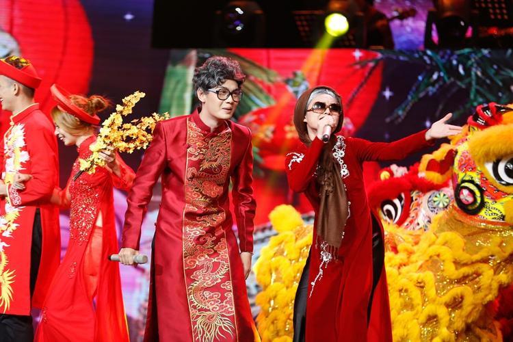 Lần đầu kết hợp trên sân khấu Cặp đôi hoàn hảo, Đào Bá Lộc - Giang Hồng Ngọc khiến khán giả đứng ngồi không yên.