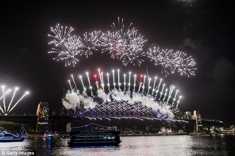 Thị trưởng Sydney bà Lord Clover Moore nói rằng không có màn trình diễn pháo hoa của thành phố nào có thể sánh ngang với Sydney.
