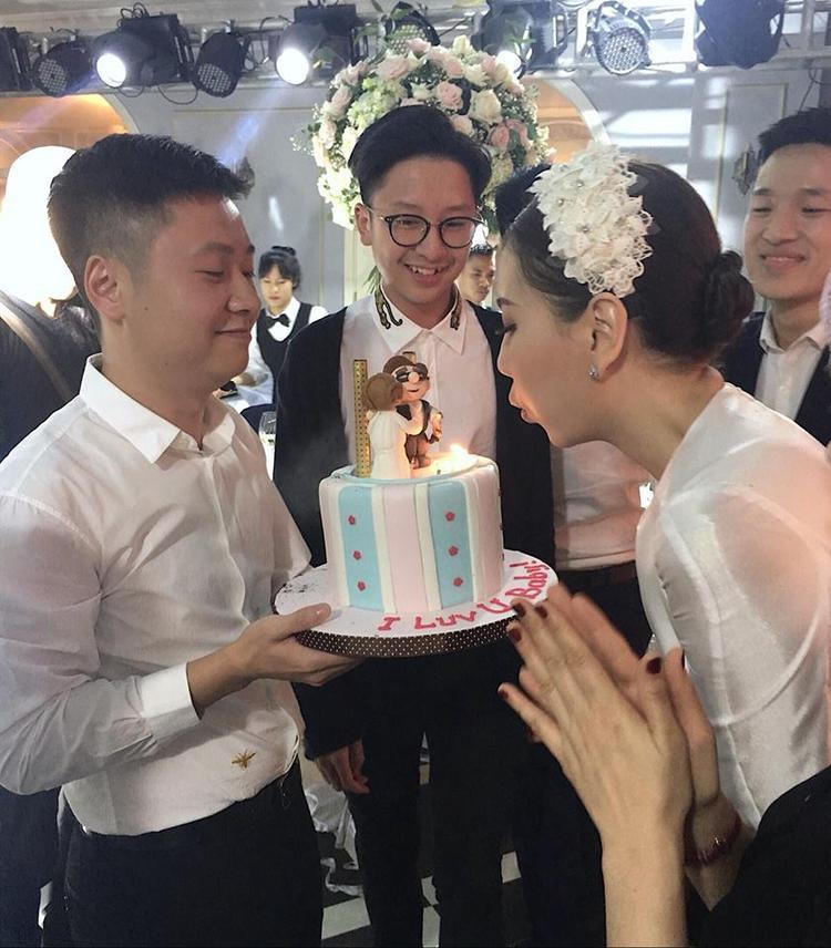 MC Mai Ngọc được ông xã đại gia tổ chức tiệc sinh nhật hoành tráng không thua gì tiệc cưới!
