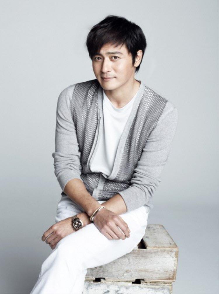 Jang Dong Gun sẽ trở lại màn ảnh nhỏ lần đầu tiên sau 5 năm từ khi bộ phimA Gentleman's Dignity (Phẩm chất quýông) kết thúc.
