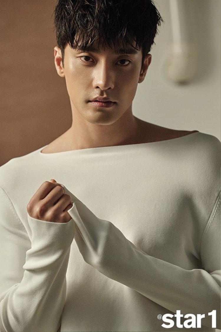 Nam diễn viênSung Hoon
