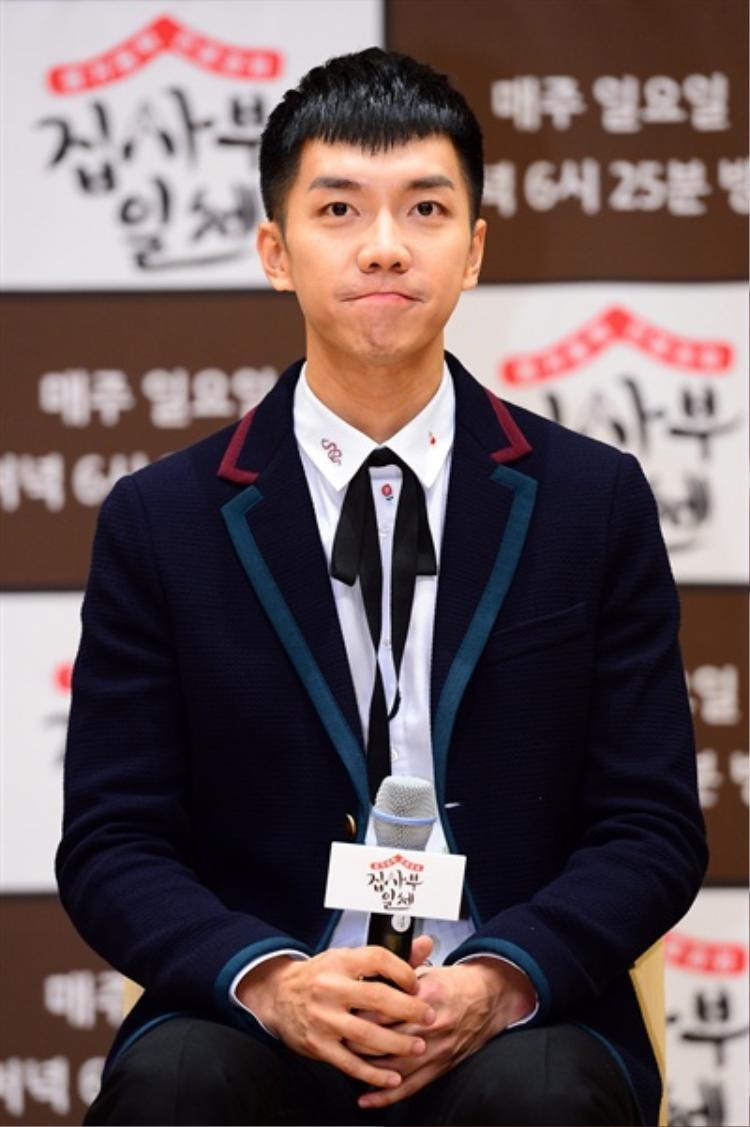 Nam chính Lee Seung Gi.