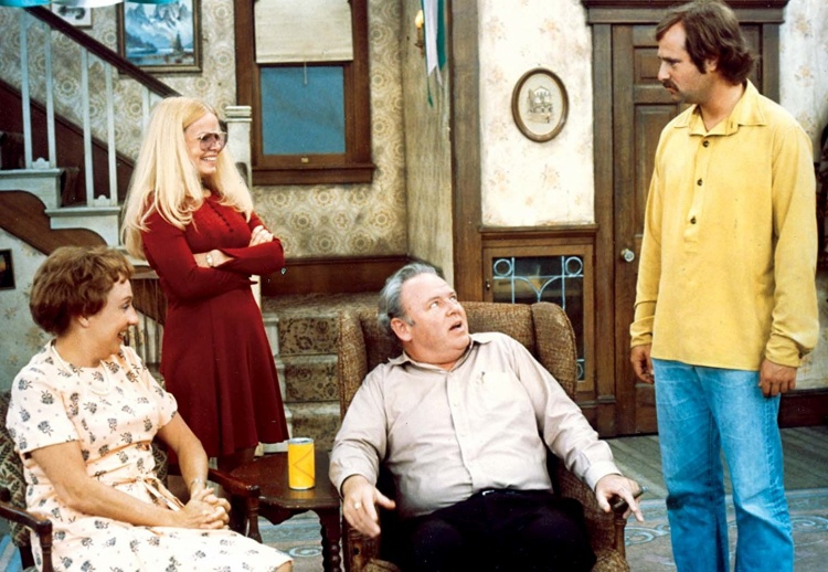 All in the Family là bộ phim chiến thắng nhiều giải nhất (4 giải) cho thể loại phim truyền hình hài kịch