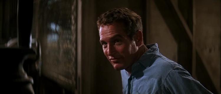 Paul Newman có lẽ là nam diễn viên đen đủi nhất khi đã có 9 lần đề cử Quả cầu vàng ở hạng mục diễn xuất nhưng không có lấy một lần thắng giải.