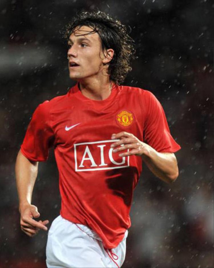 Tiền vệ Rodrigo Pereira Possebon thời còn khoác áo CLB Manchester United.