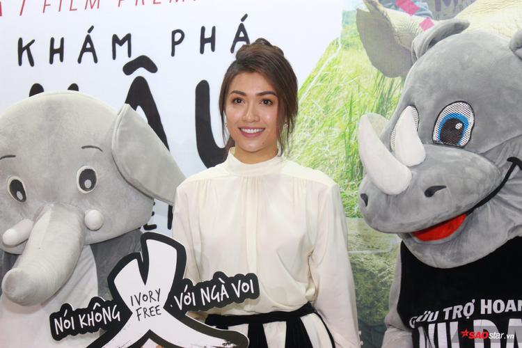 Phạm Hương, Lệ Hằng, Phan Anh 'giận ứa nước mắt' khi chứng kiến tận mắt tê giác, voi bị sát hại dã man