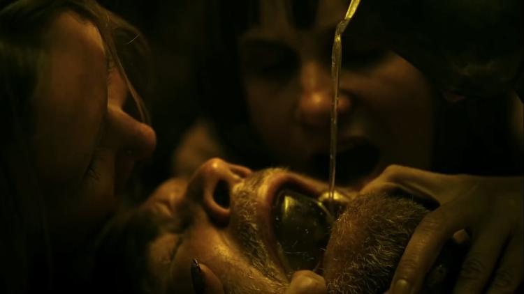 Rợn người với những màn hành xác quái ác của Ma đinh trong trailer mới