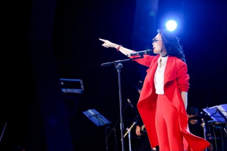 Showcase của Mỹ Tâm không có tên trong danh sách đề cử Chuỗi chương trình của năm tại Cống Hiến 2018.
