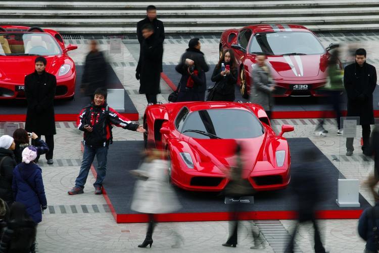 10 nỗi khổ mà chỉ ai sở hữu siêu xe mới thấu hiểu