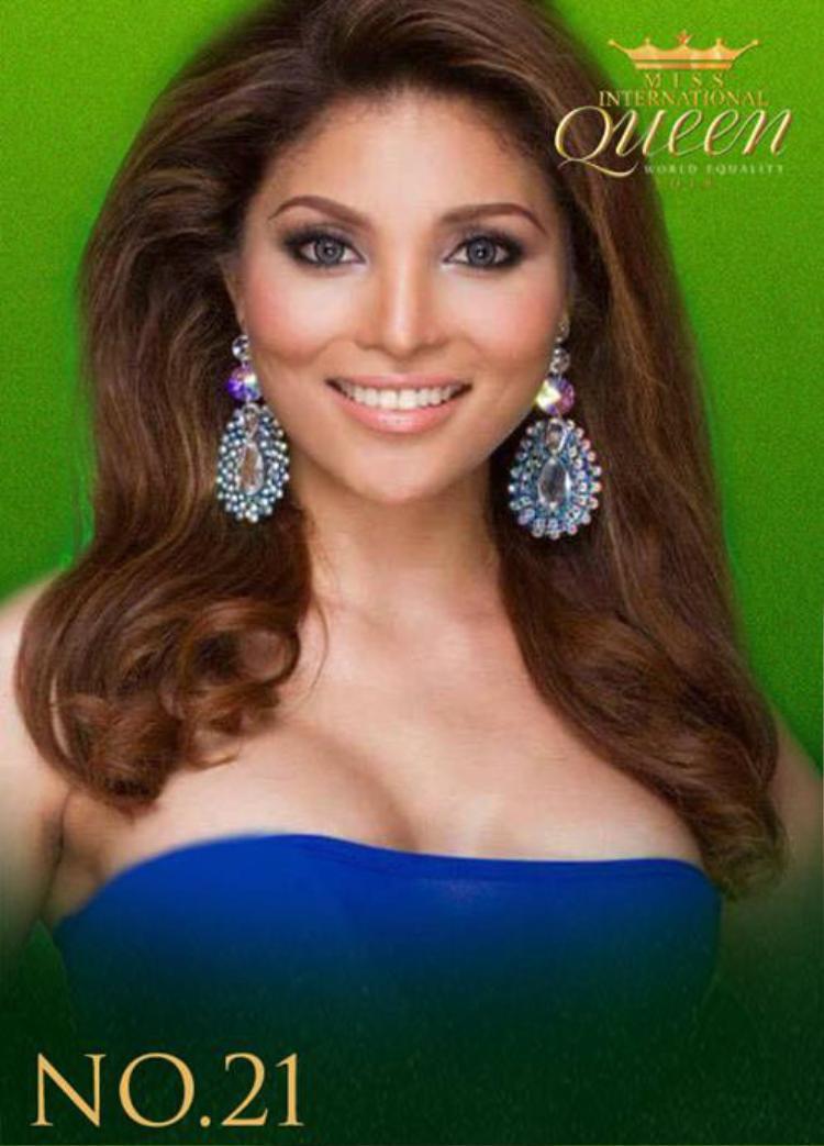 Nữ hoàng chuyển giới của Philippines mang vẻ đẹp bí ẩn.