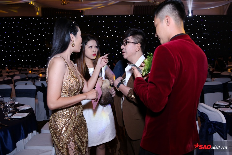 Đàm Vĩnh Hưng, Lê Giang cùng dàn sao khủng rạng rỡ đến mừng hạnh phúc của công chúa Lâm Khánh Chi