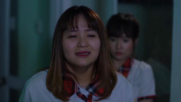 Phụng khóc nức nở nói lý do khi bị phát hiện giả ma