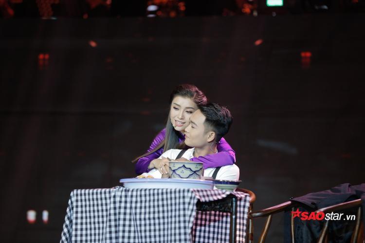 Clip: Tiêu Châu Như Quỳnh lần đầu thử sức với ca kịch trong tiểu phẩm Ngàn thu áo tím