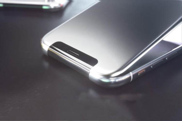 Trước đây những chiếc điện thoại gập kiểu này luôn làm người dùng cảm thấy lo lắng bởi chuyển động vật lý sẽ khiến phần cáp kết nối mòn dần theo thời gian, dễ hỏng hóc.