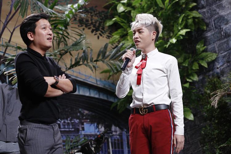 """Lần hiếm hoi Trường Giang """"bó tay"""" trước khách mời trên sân khấu của chương trình."""