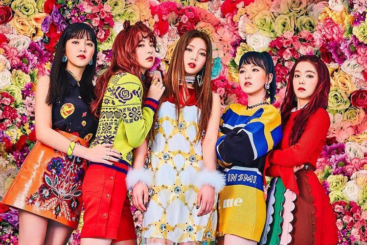 Về vị trí thứ 2 là Red Velvet với 8.018.343 điểm.