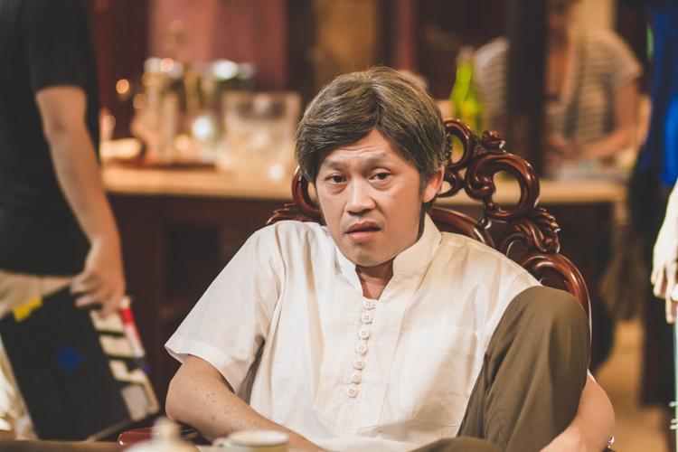 Hoài Linh trở thành ông nội trong phim chiếu Tết.