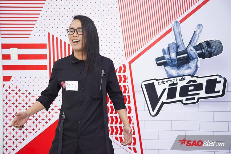 Xuất hiện thí sinh có ngoại hình độc  đỉnh trong ngày đầu tuyển sinh The Voice 2018