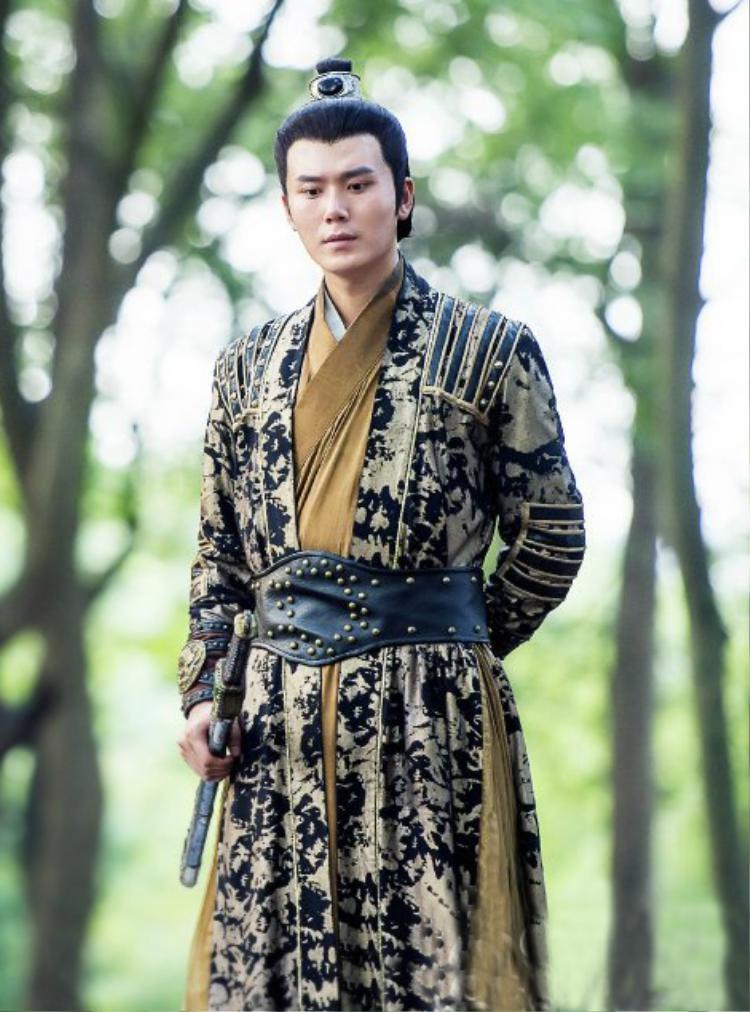 Hình ảnh Tôn Vĩ Luân trong bộ phim cổ trangTruy Hồn Kiếm Ký.