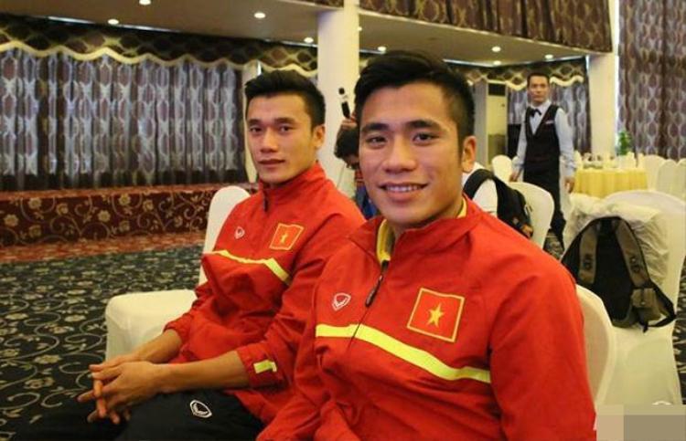 Hiện tại, Tiến Dụng đang đầu quân cho CLB SHB Đà Nẵng và thi đấu ở vị trí tiền vệ.
