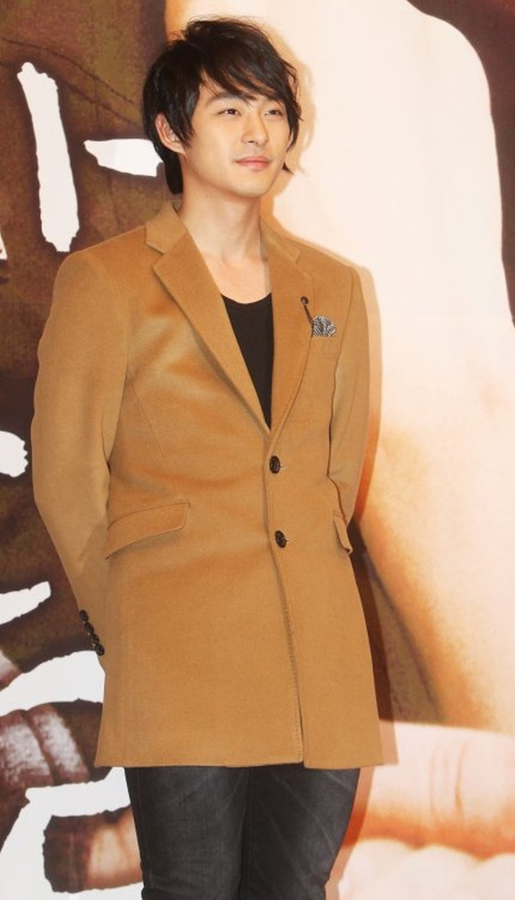 Nam diễn viên Jeon Tae Soo của Sungkyunkwan Scandal tự tử ở tuổi 34 vì trầm cảm